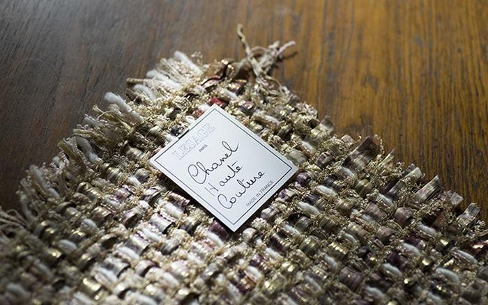 Ткань вплетена в историю Шанель