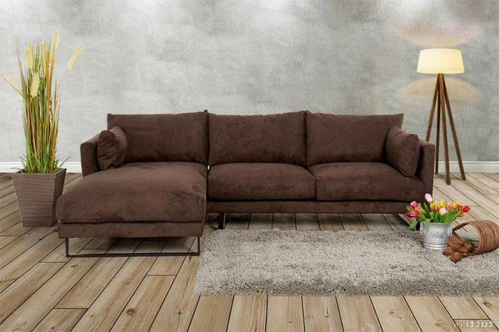 У дивана обивка из алькантара