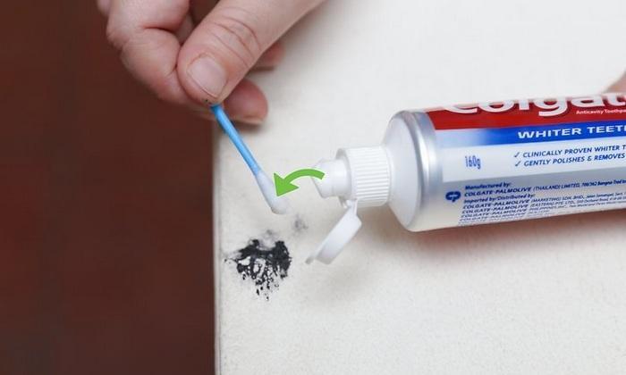 Можно чернила вывести зубной пастой