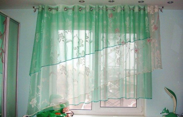 Капроновые шторы в интерьере
