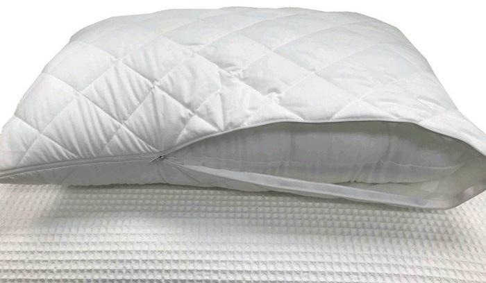 Подушка с наволочкой из стеганого поликоттона