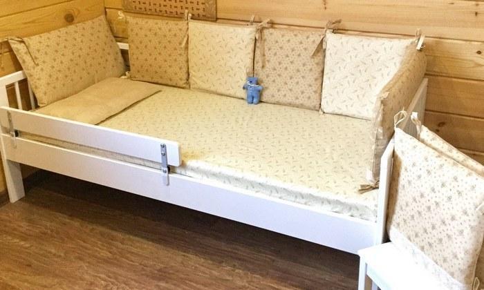 Бортики в детскую кроватку тик