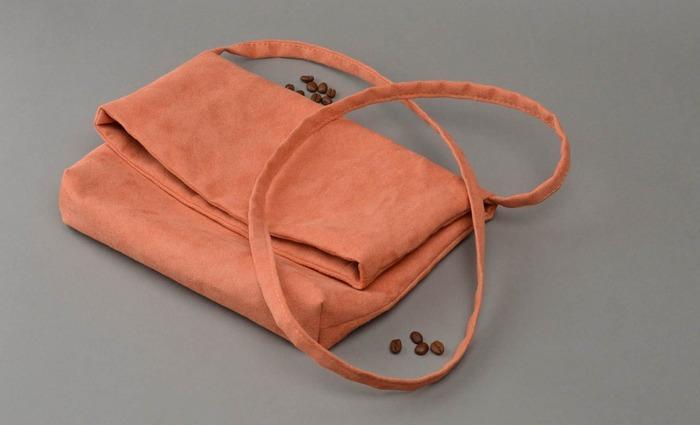 Розовая сумка из искусственной замши ручной работы