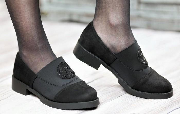 Туфли женские на резинке из искусственной замши