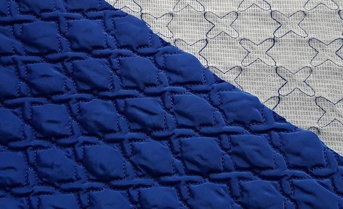 Стеганая ткань — многослойный материал, прошитый насквозь