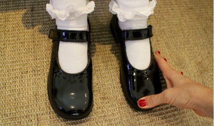 Дети не чувствуют если обувь мала