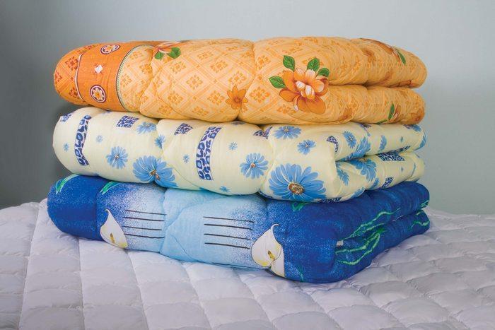 Одеяла на синтепоне 200гр/м, фото