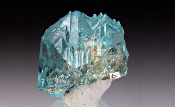 Что такое синий топаз камень, фото