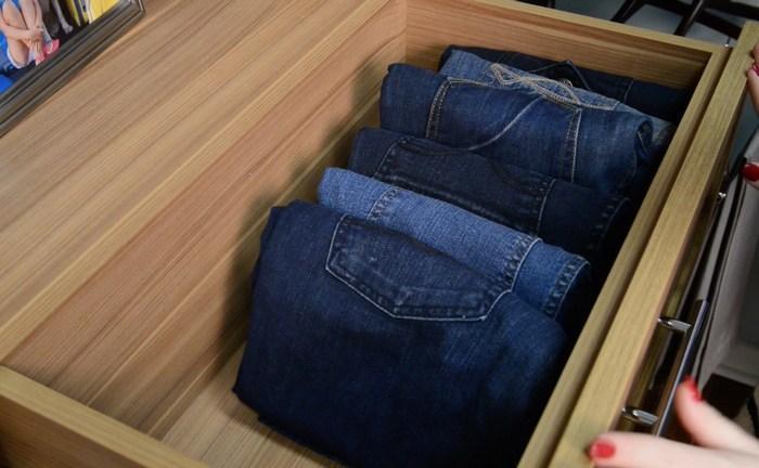 Как сложить штаны в комод, фото