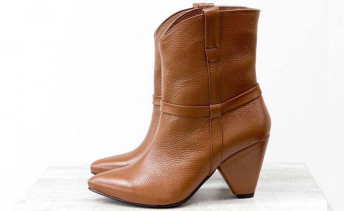 Сапоги-казаки обувь, фото