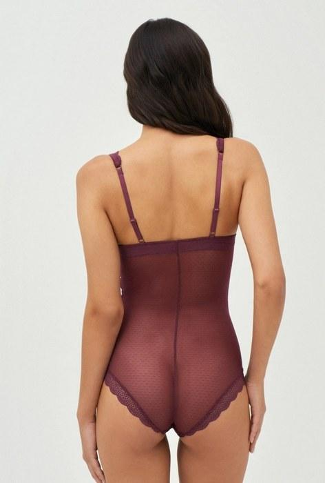 Нижняя одежда грация для женщин, вид сзади, фото