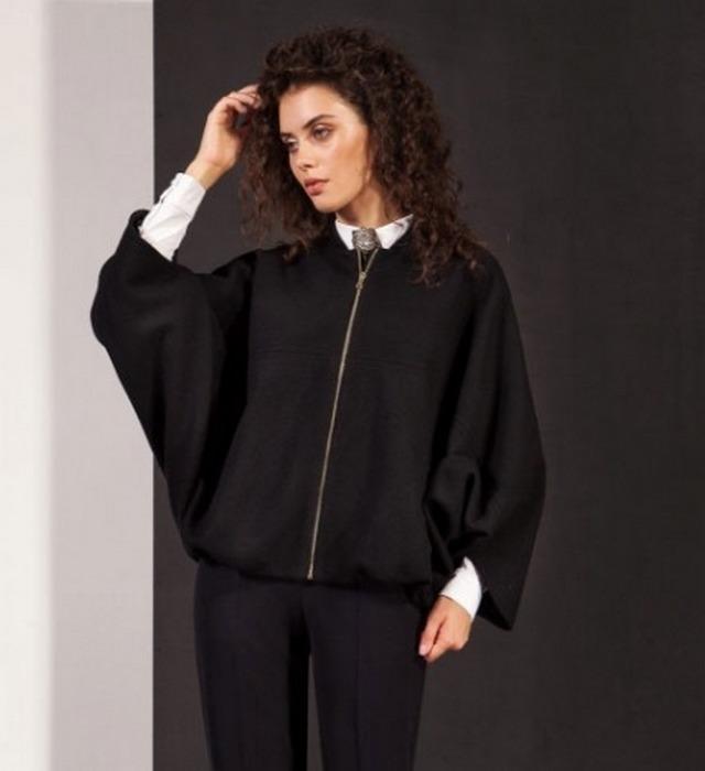 Женская куртка-кейп, фото