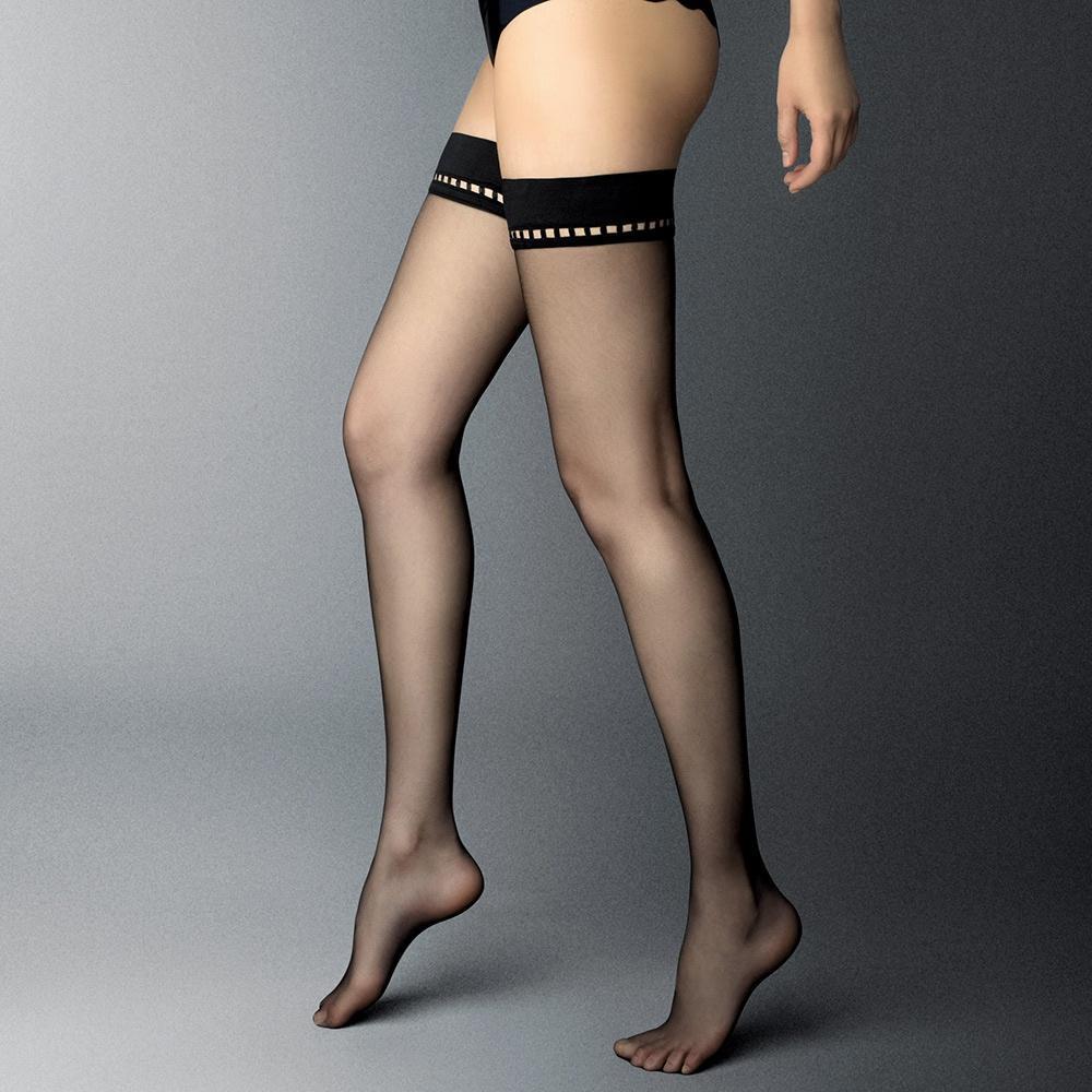 Женская нижняя одежда чулки, фото