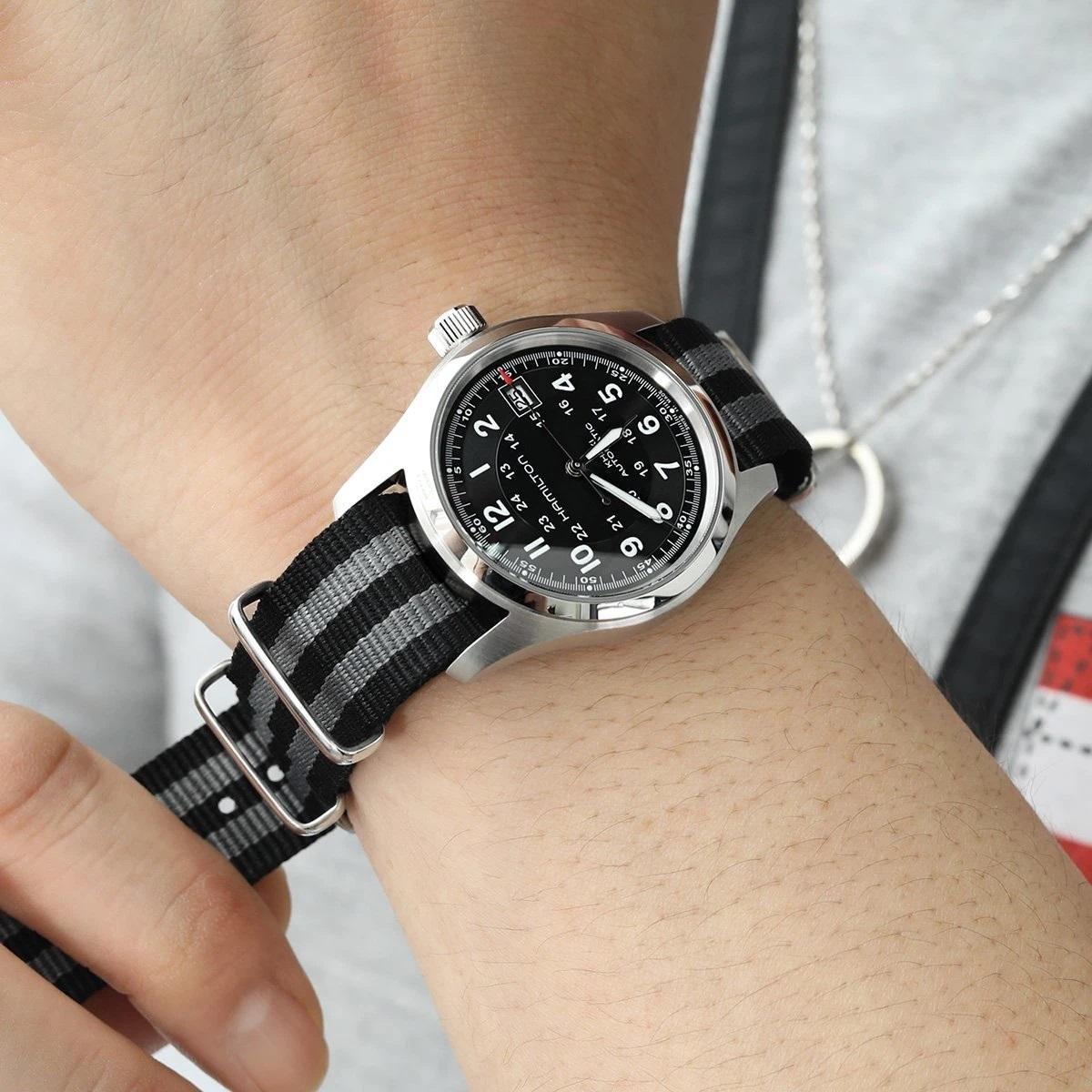 Часы с ремешком NATO, фото