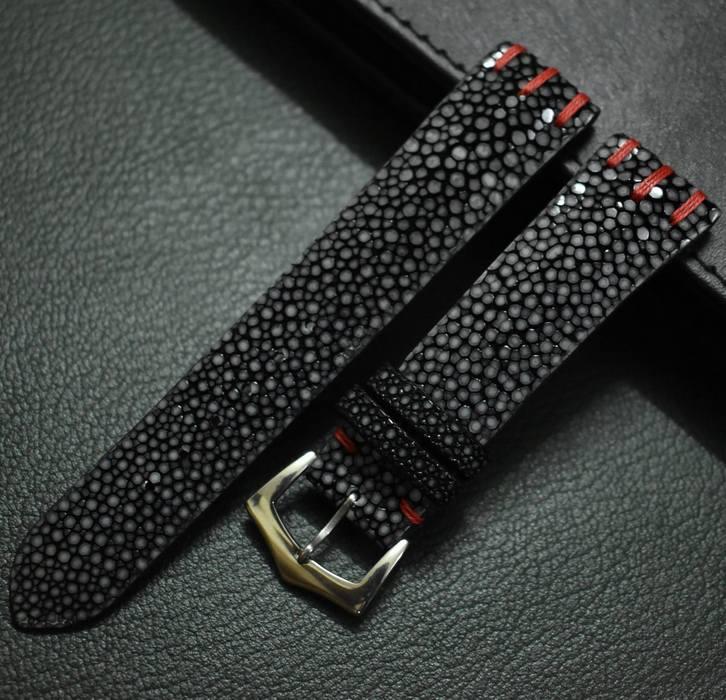 Классический кожаный ремешок для наручных часов, фото