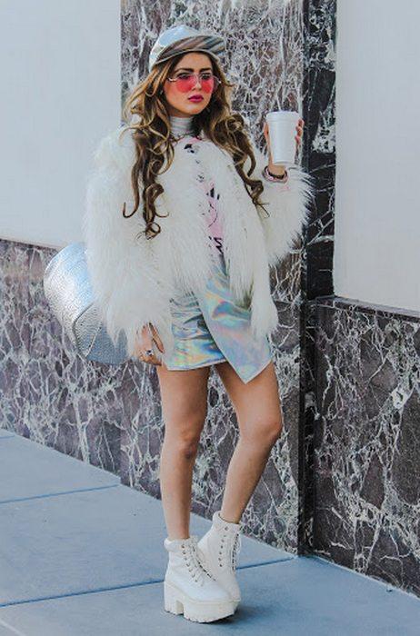 Женская одежда в гламурный стиле, фото