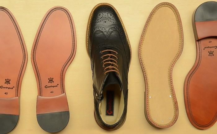 Кожаная подошва у обуви, фото