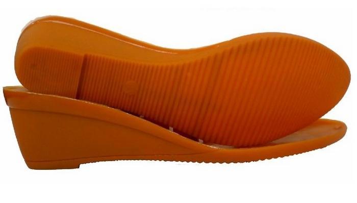 Подошва на термополиуретане у обуви, фото