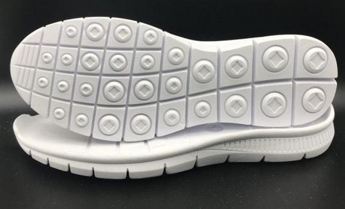 Подошвы из этиленвинилацетата у обуви, фото