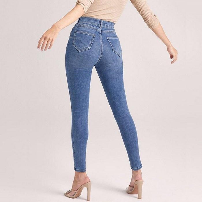 Вид джинсов Skinny для женщин, фото