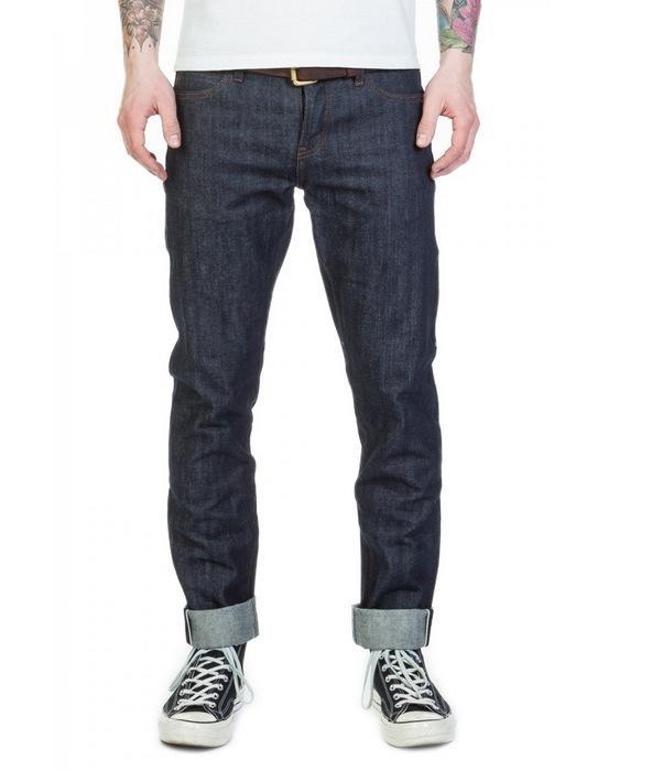 Вид джинсов Tight Fit для мужчин, фото